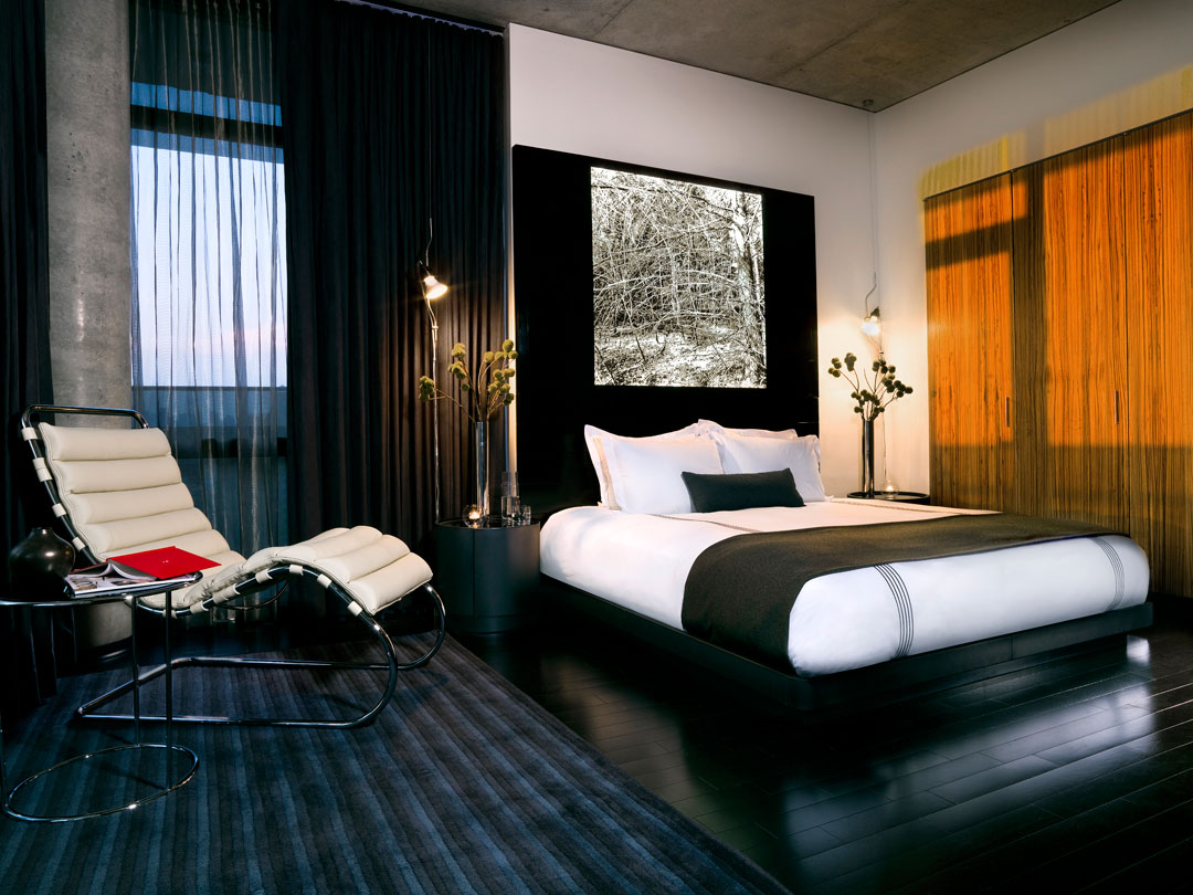Thompson chicago opens its doors in the city s famed gold for Designhotel nrw