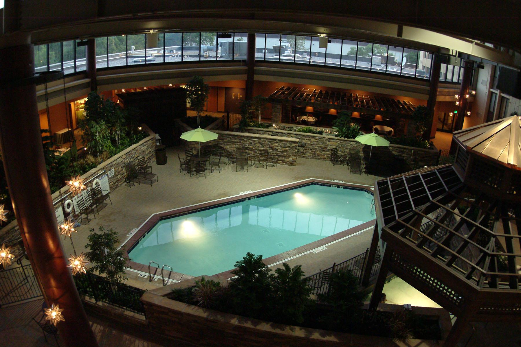 Holiday Inn Bloomington Airport I-35 Undergoes Multi ...