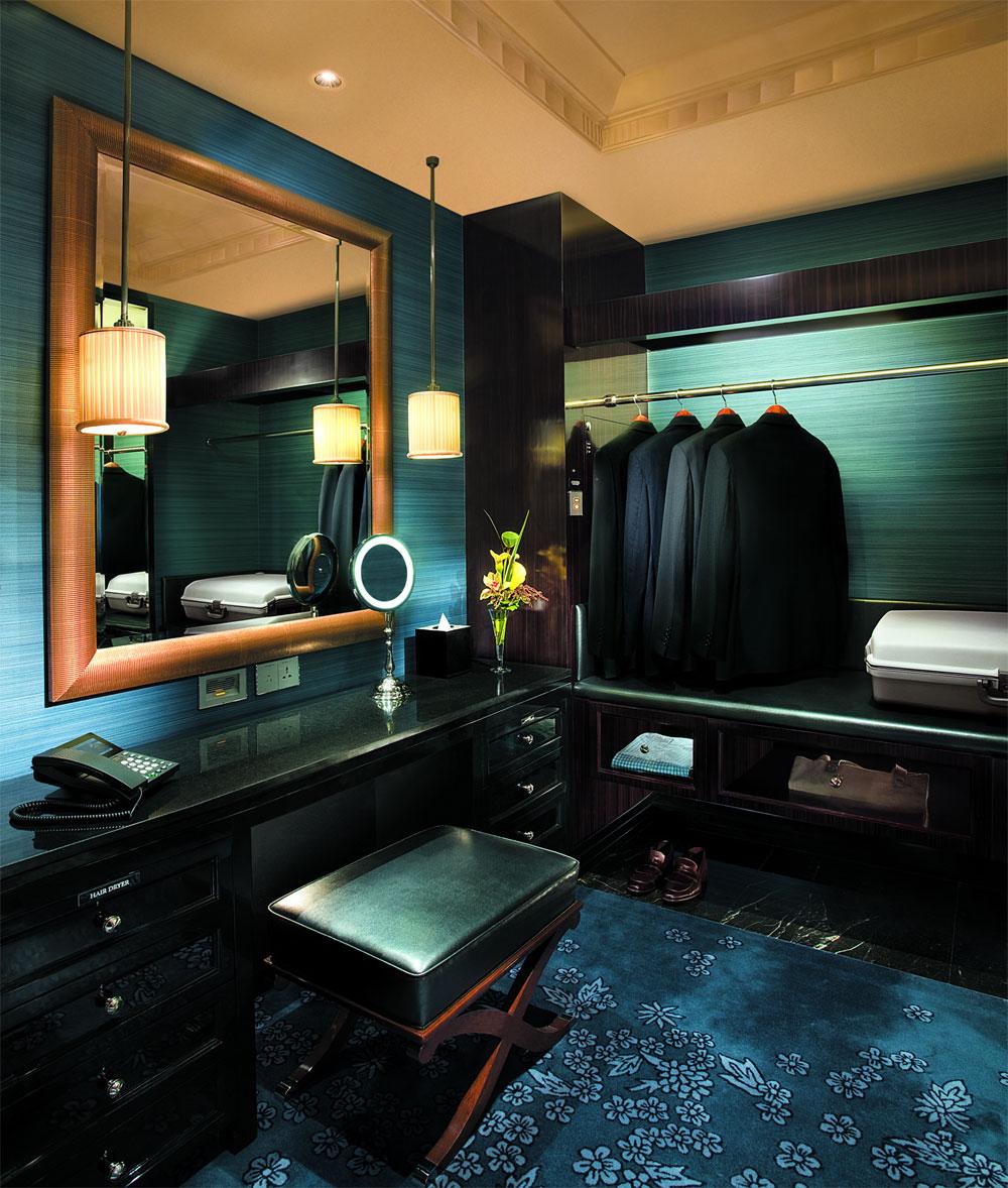 The Hongkong And Shanghai Hotels Limited Peninsula