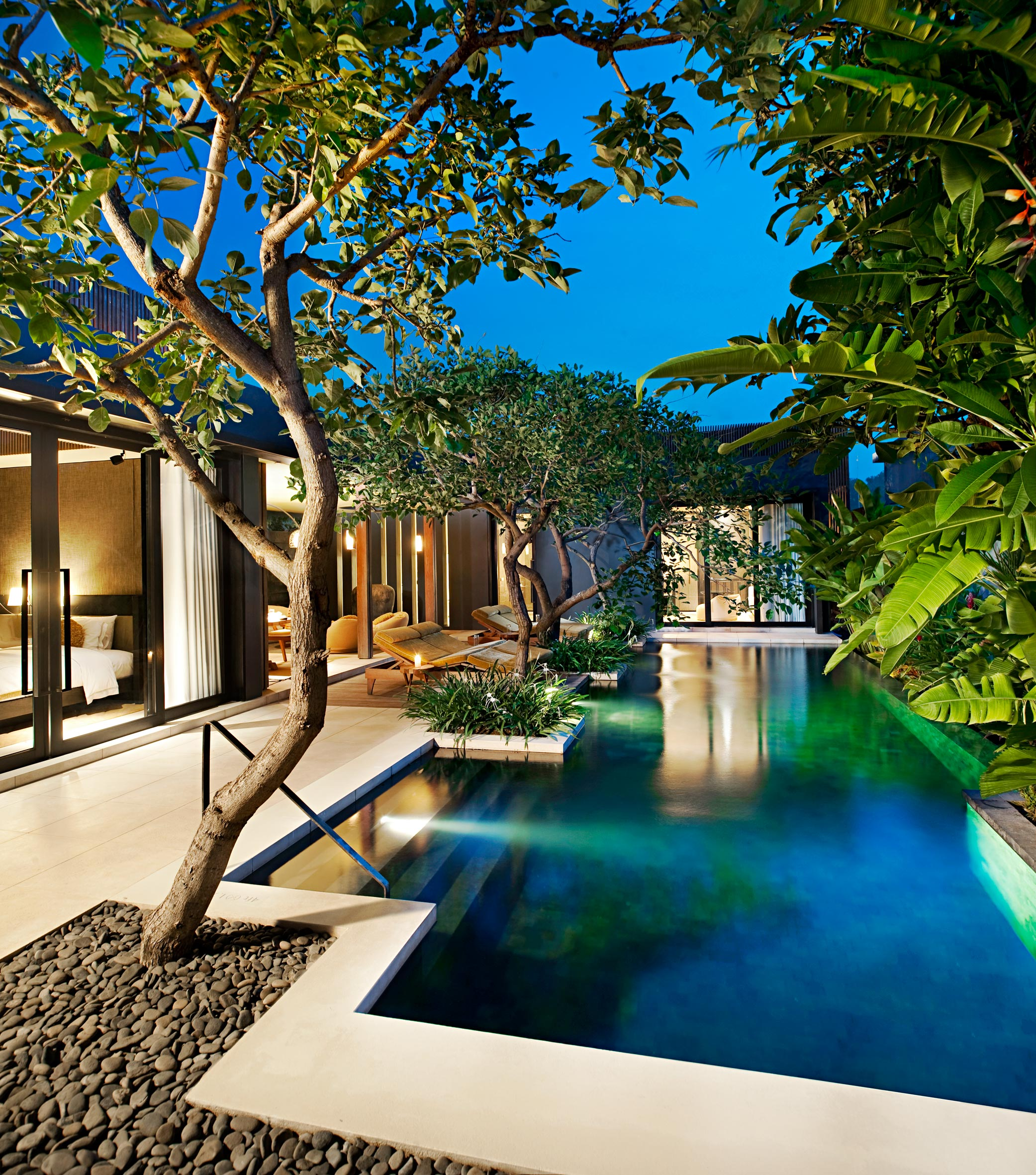 W hotels worldwide unveils w retreat spa bali seminyak for Pool design villa