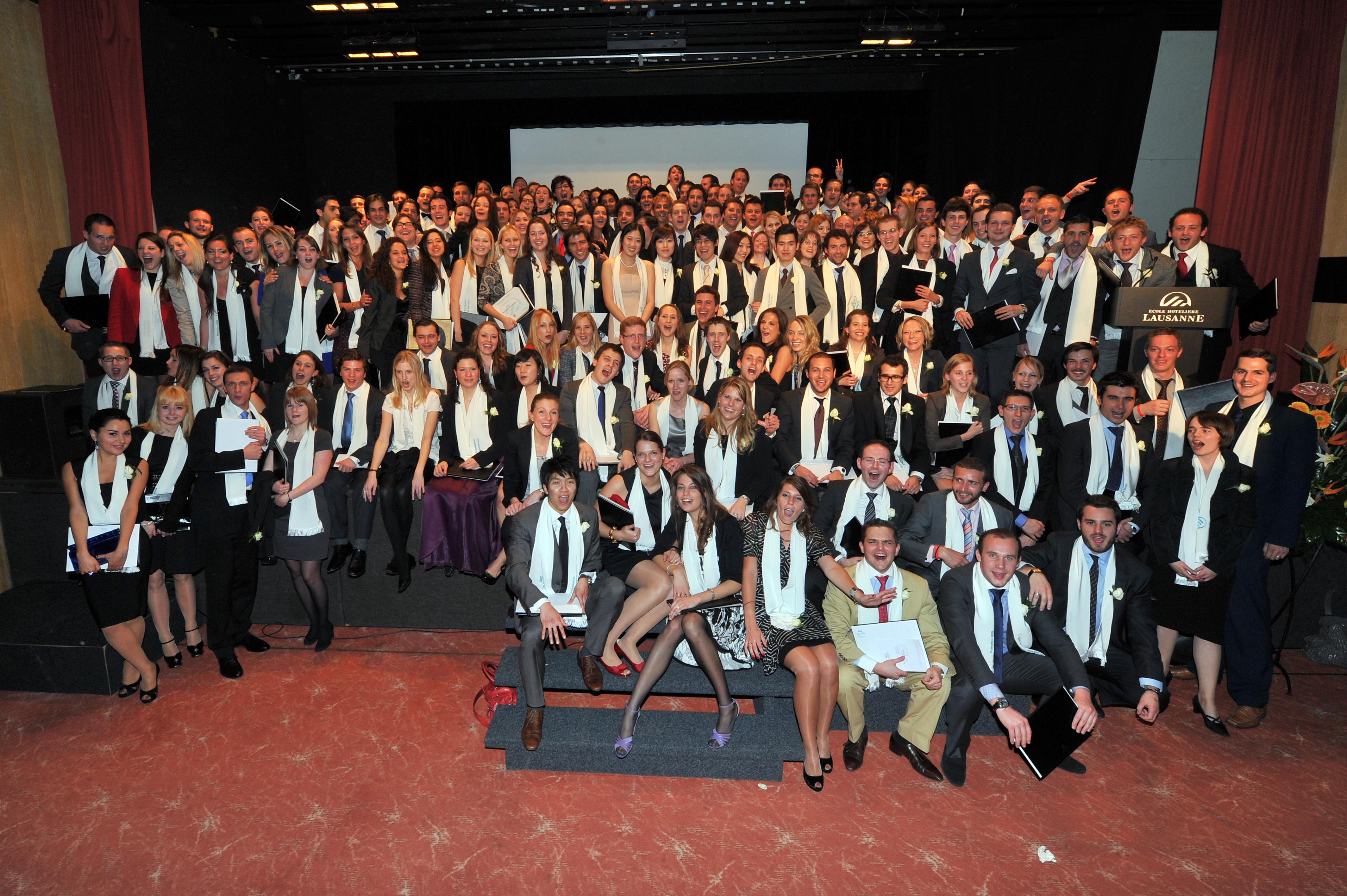Ecole H 244 Teli 232 Re De Lausanne Ehl Celebrates Its New Graduates
