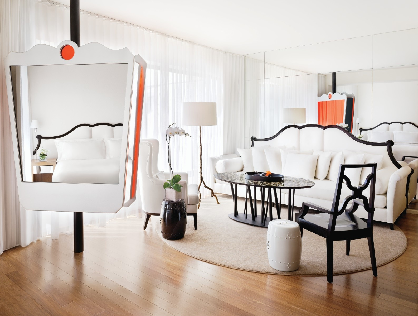 Mondrian by sbe hospitality net for Design hotels la