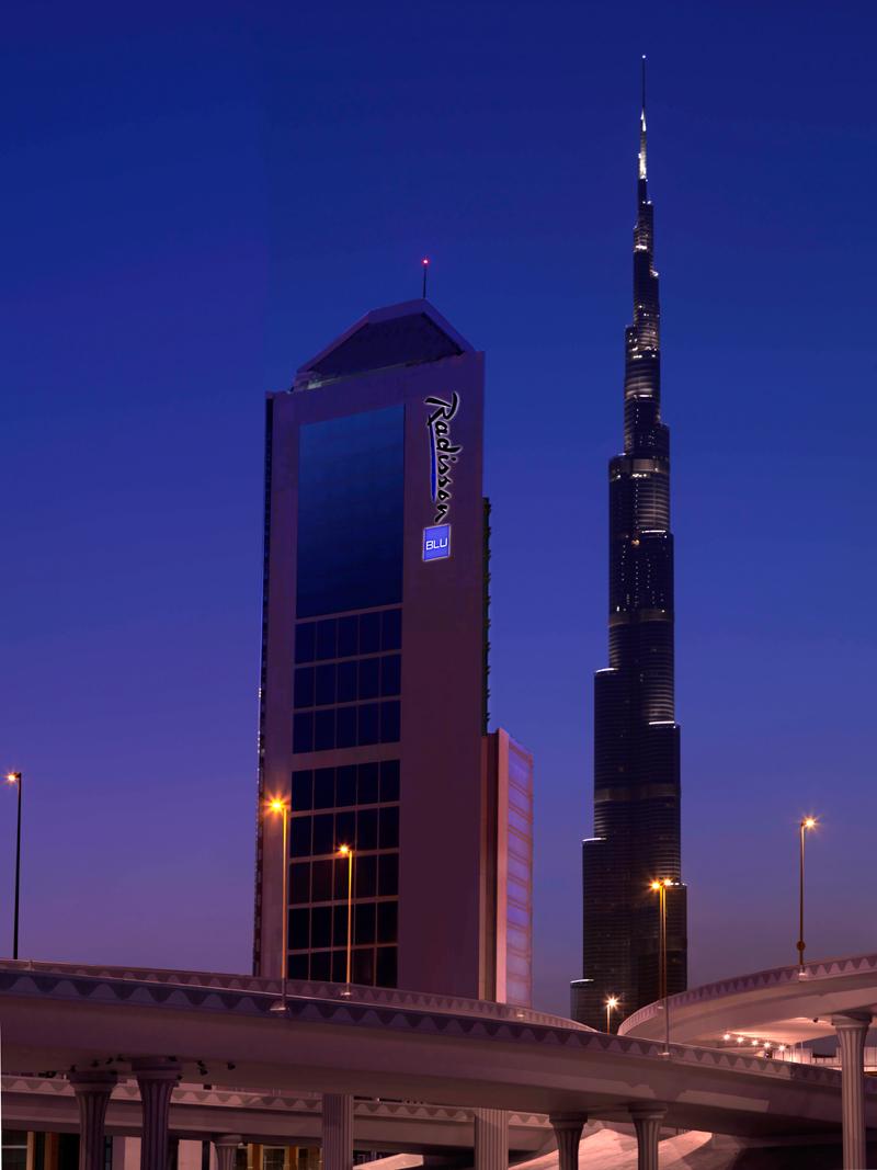 Rezidor opens the radisson blu hotel dubai downtown for Hotels in downtown dubai