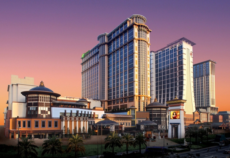 macau biggest hotel