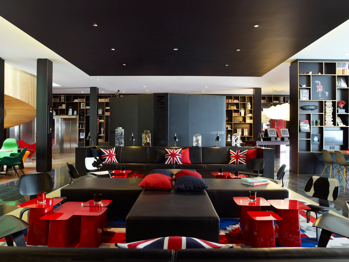 London calling citizenm answers new bankside hotel for Best modern hotels in london