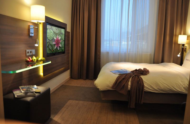 Moxy Hotel   Guestroom. New Marriott Brand  MOXY HOTELS  Unlocks Style 4 Less