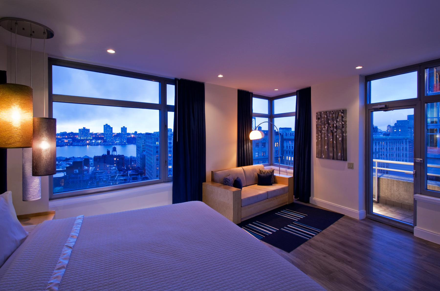 Nylo hotels opens the 285 room nylo new york city second for City hotel design