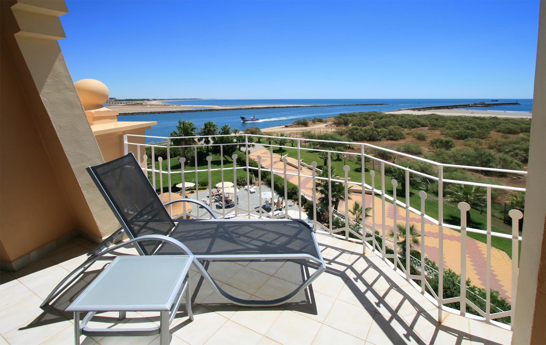 Meli hotels resorts opens the meli atl ntico isla for Melia hotel