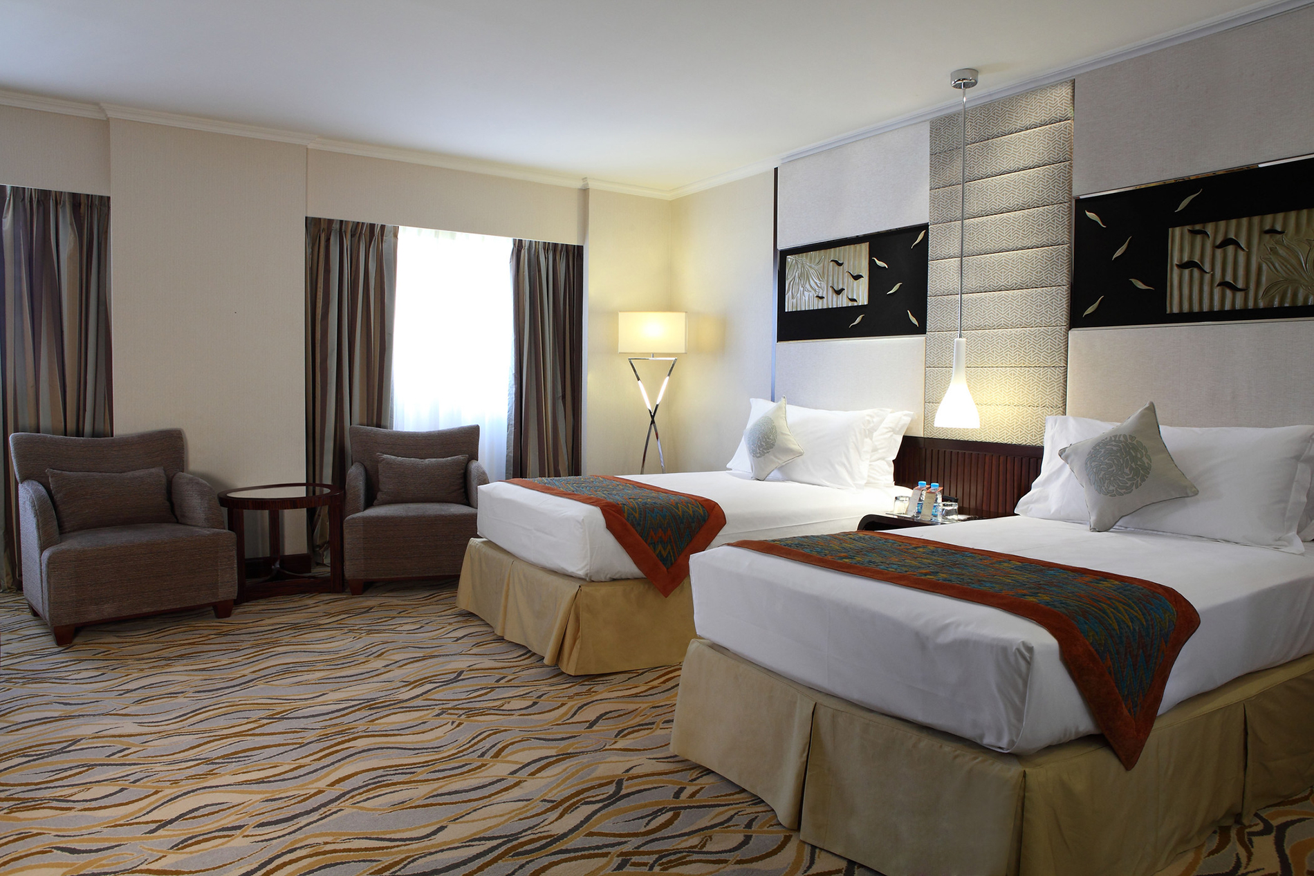 Starwood Hotels  U0026 Resorts Opens First Four Points By