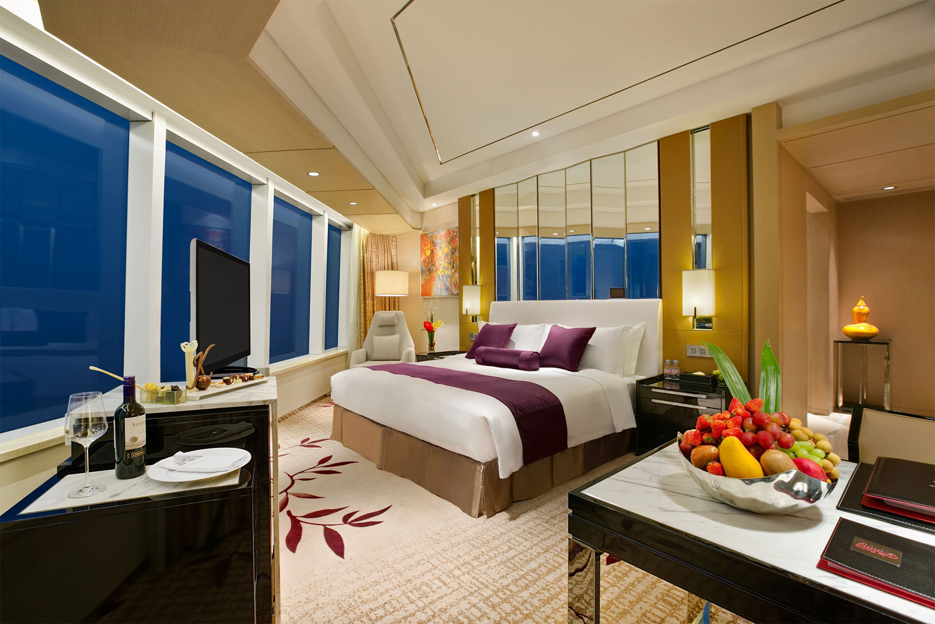 The 446 room kempinski hotel yixing opens in china s for Luxury accommodation worldwide