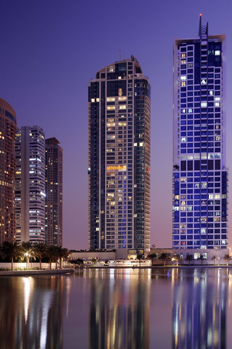 how to move to dubai from usa