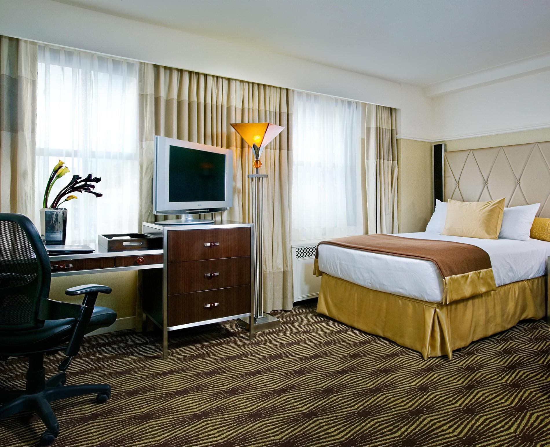Hotels in Riverside   Rooms & Suites   Mission Inn Hotel