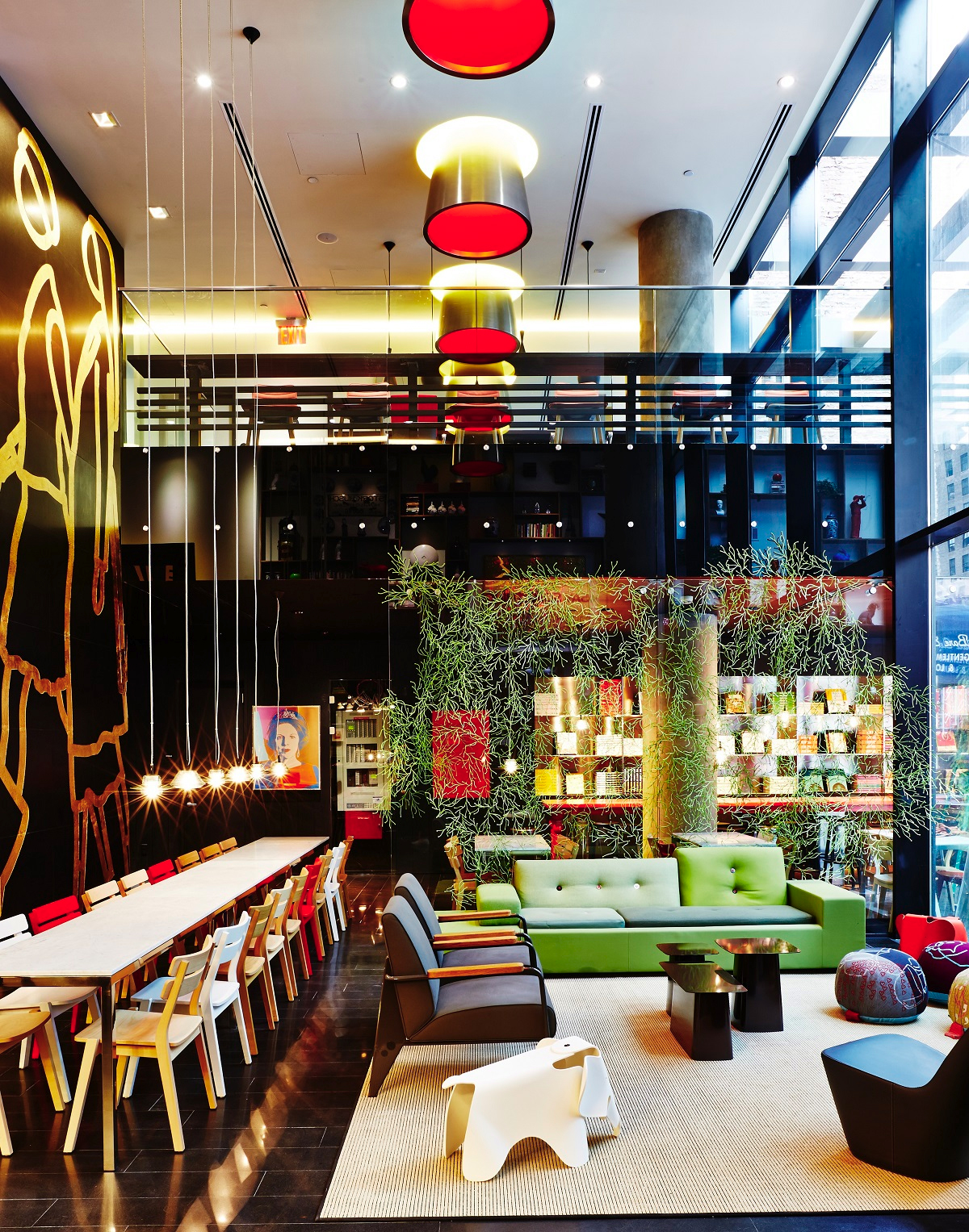 New citizenm hotels in paris and new york for New hotel design