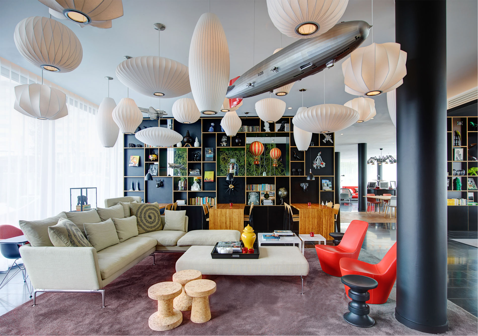 New citizenm hotels in paris and new york for Chambre airport