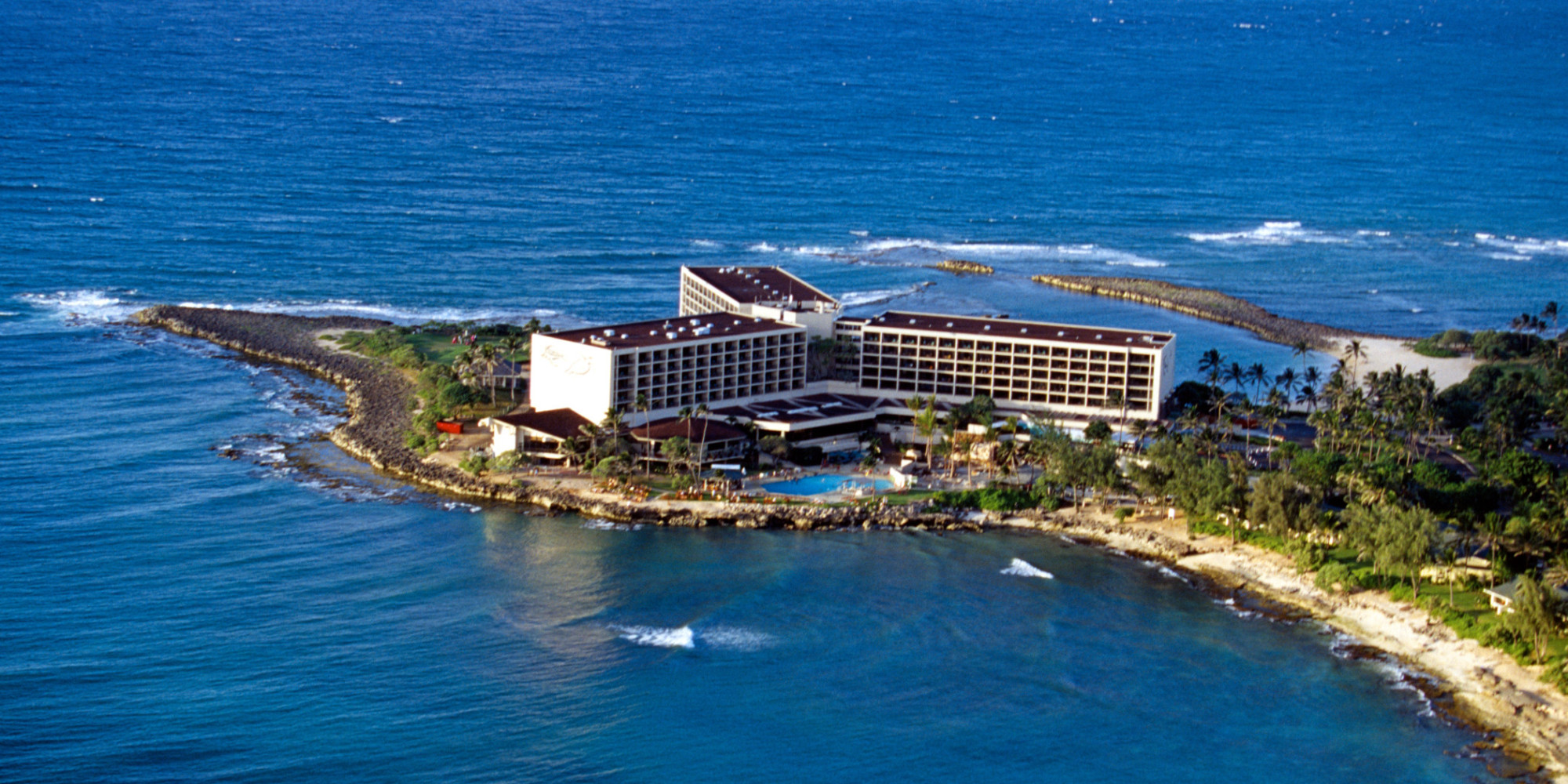 Turtle Bay Resort Goes High Tech With Touch Service Implements Maestro Ipad Xpress Check In Out