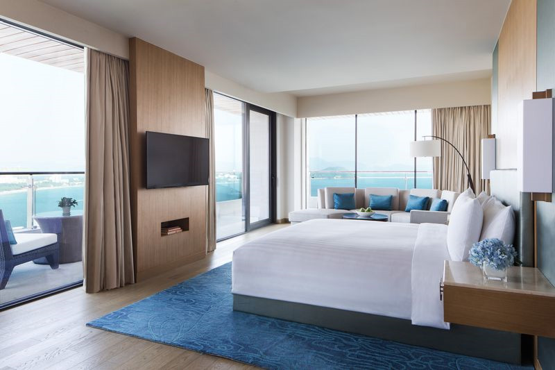 Marriott hotels debuts its third hotel on china 39 s for Beautiful hotel room design