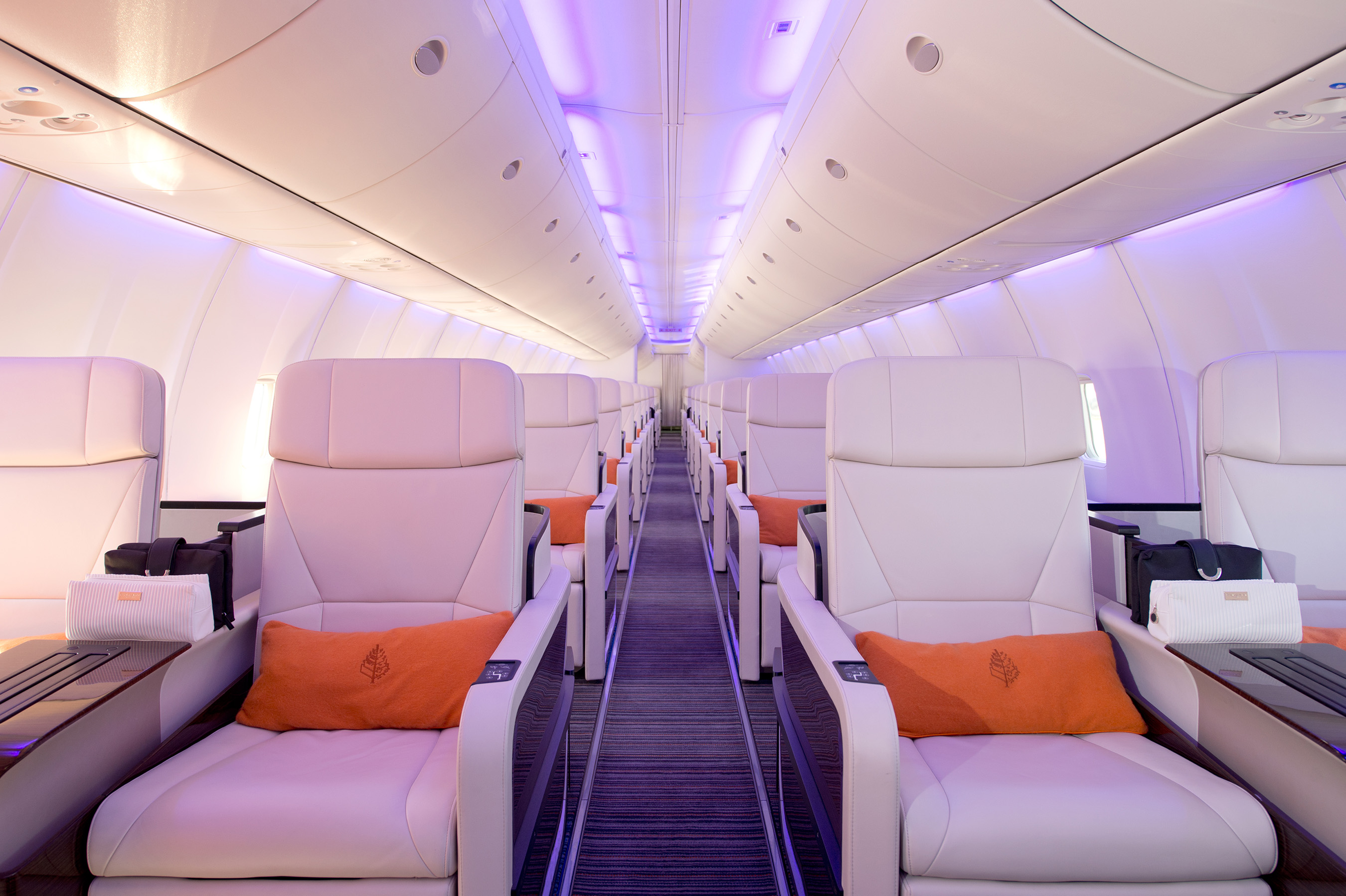 world commercial aircraft interior lighting industry Commercial aircraft cabin interior market analysis offers latest trends, growth   the worldwide emphasis on travelers' comfort and increasing air passengers   the usage of wireless technology in these systems has led to the increase in the .