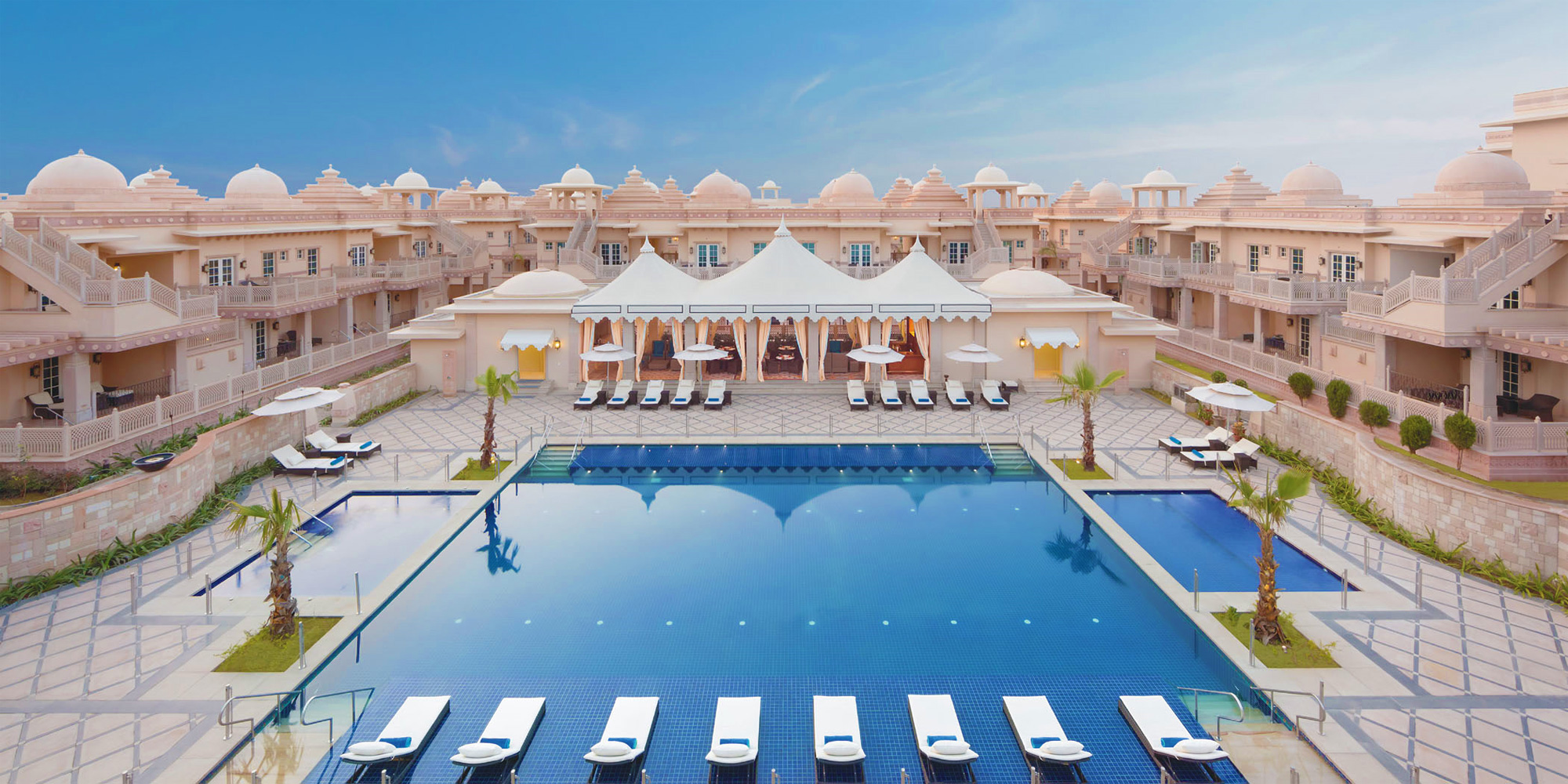Itc hotels debuts the all suite itc grand bharat in new for Hotel collection hotels
