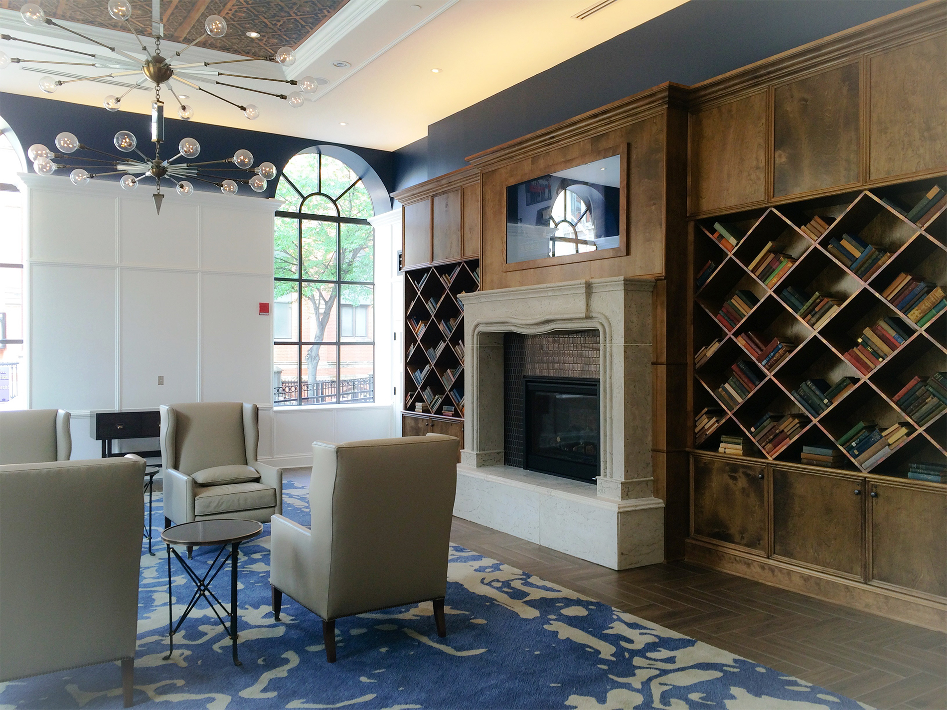 Ihg 39 s hotel indigo brand opens in downtown baltimore for Top boutique hotel brands
