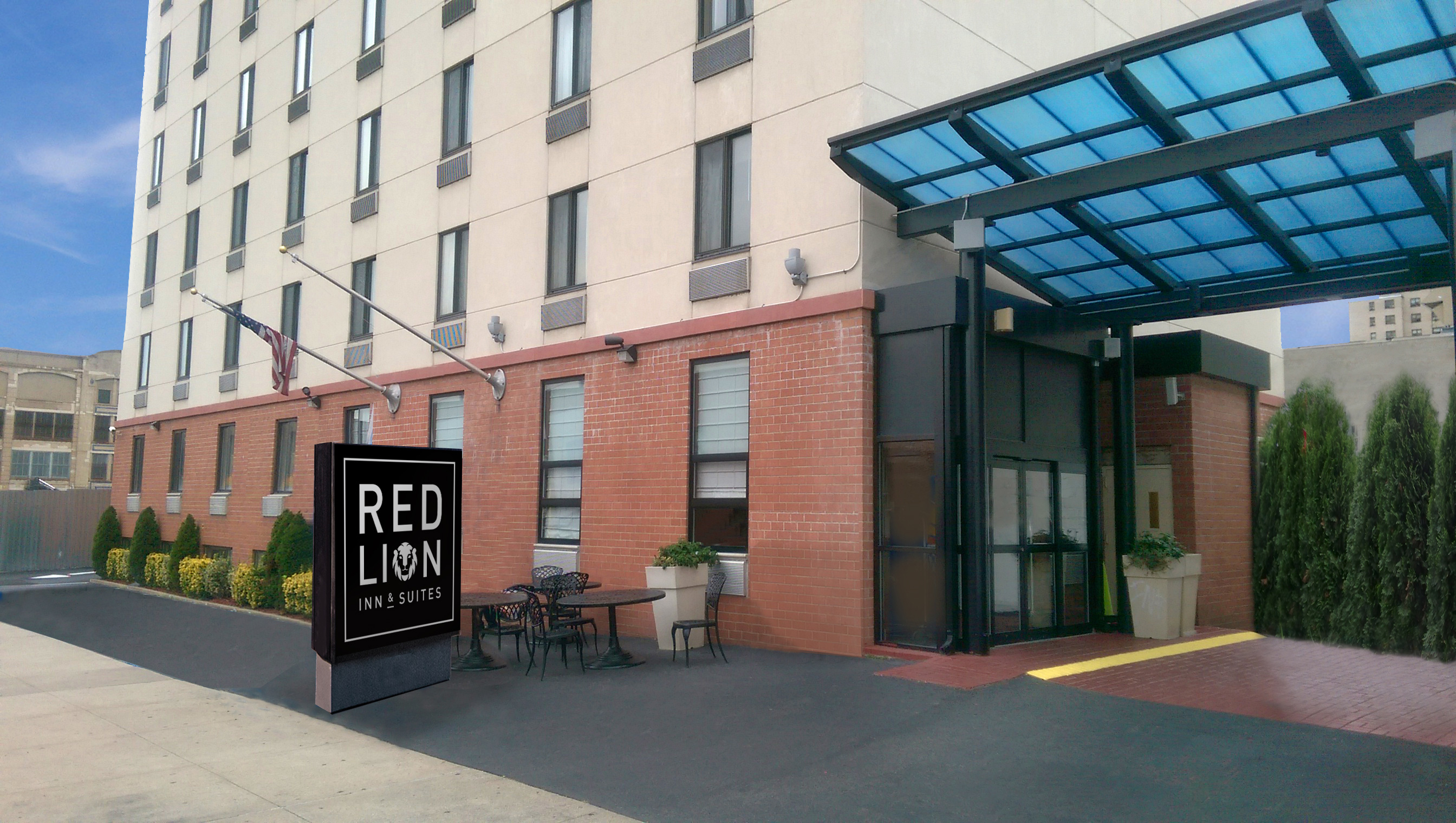 greater nyc hotel opens as red lion inn suites brooklyn. Black Bedroom Furniture Sets. Home Design Ideas