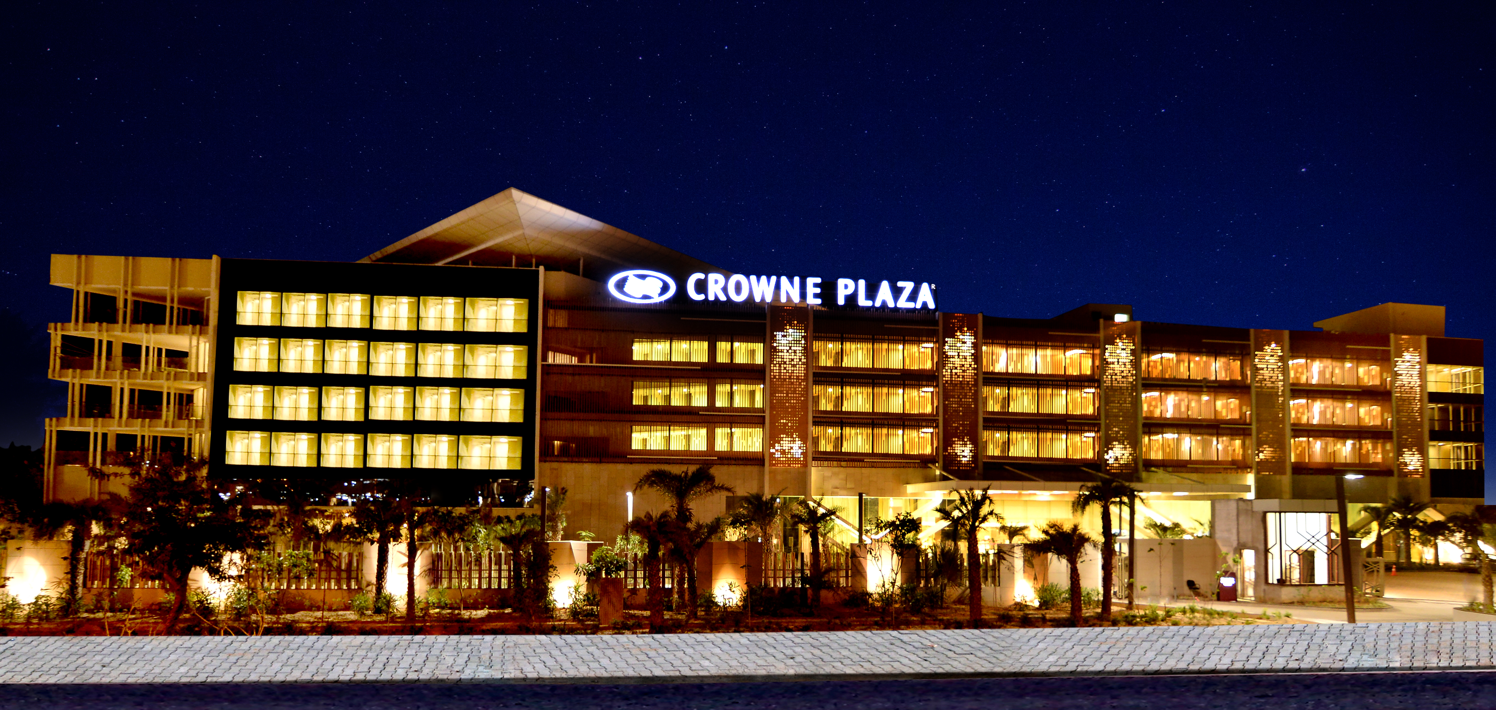 Intercontinental Hotels Group Introduces Crowne Plaza In Jaipur The Pink City Of India
