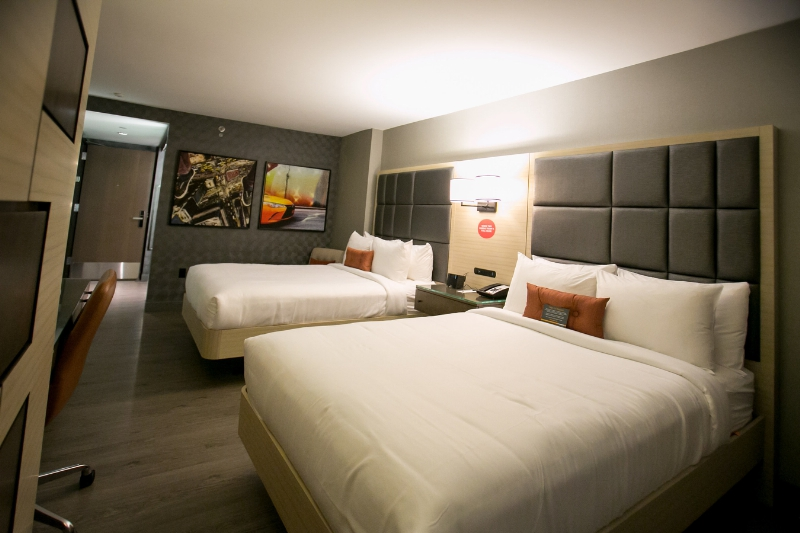 Choice Hotels Celebrates The Grand Opening Of New Cambria Hotel Suites In York S Times Square