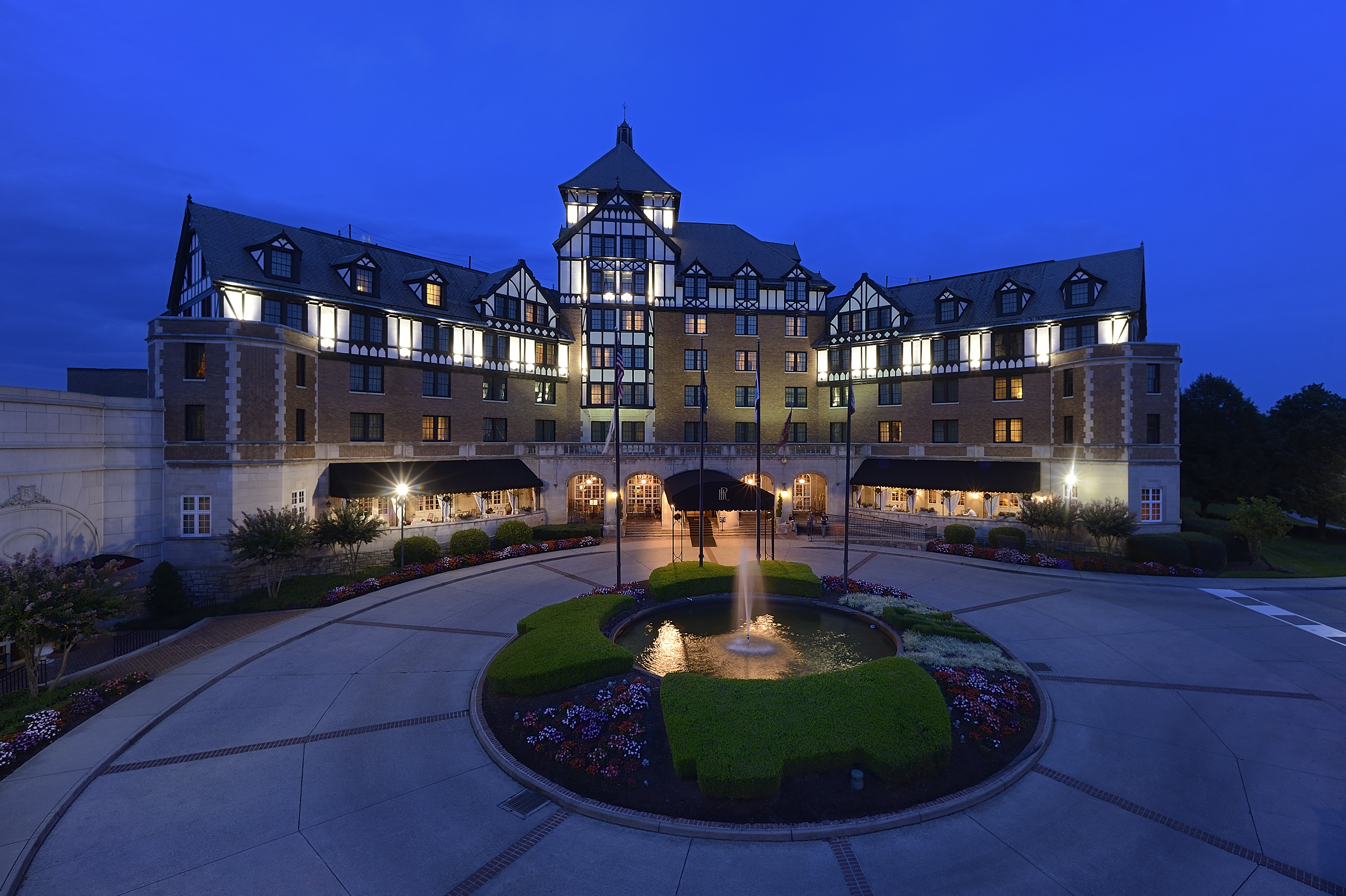 The Hotel Roanoke Conference Center A National Historic Landmark Joins Curio