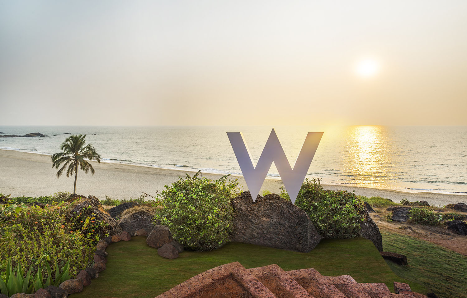 hotel industry in goa Business details the hotel is located in close proximity to the calangute candolim main road at calangute, north goa the property is one year old and located in the high density tourist belt of calangute village and is surrounded by several boutique resorts, shopping arcades etc.