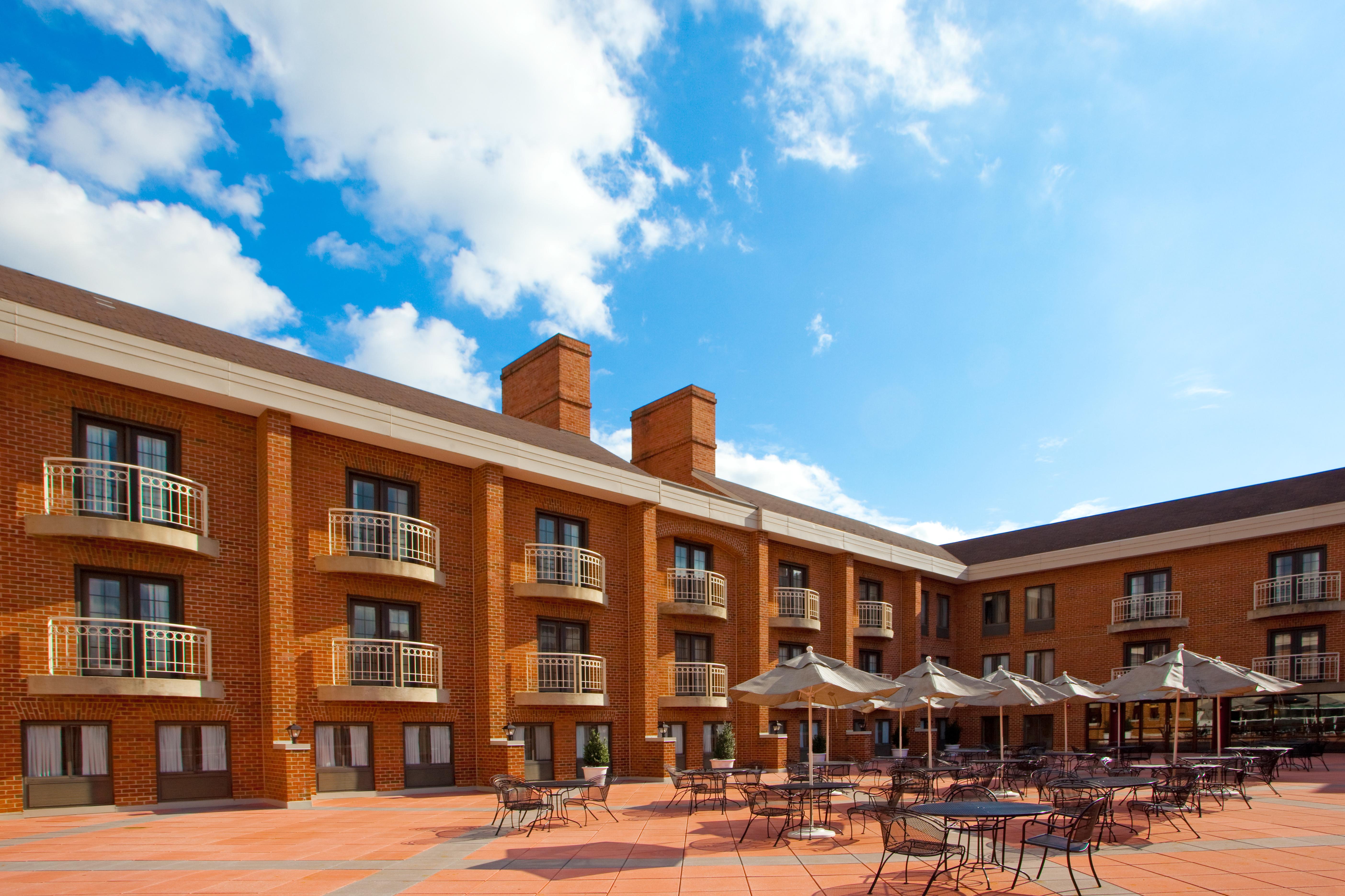 Hotel Marinii Holiday Inn By Ihg Hospitality Net