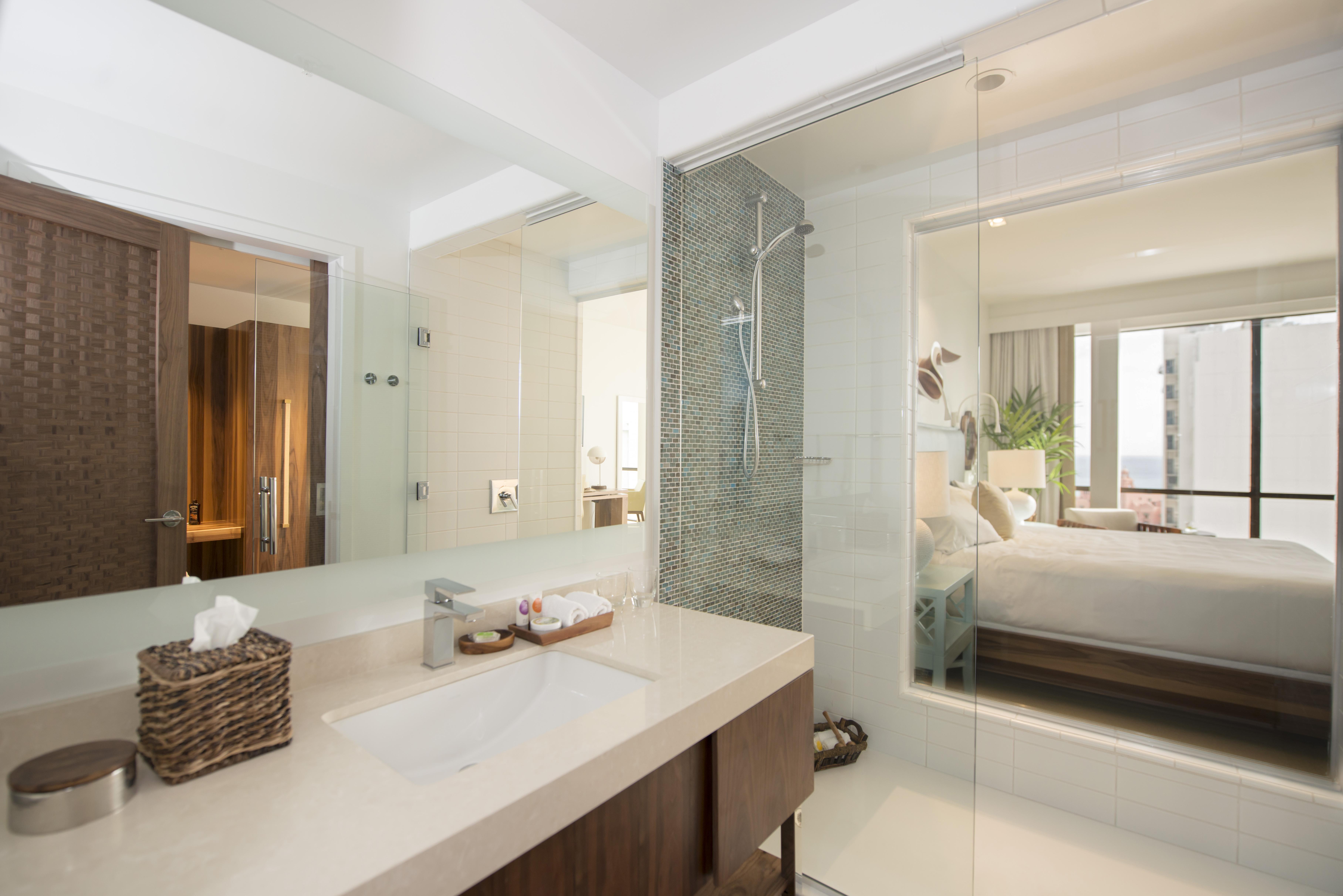 Hyatt centric by hyatt hospitality net for Bath remodel honolulu