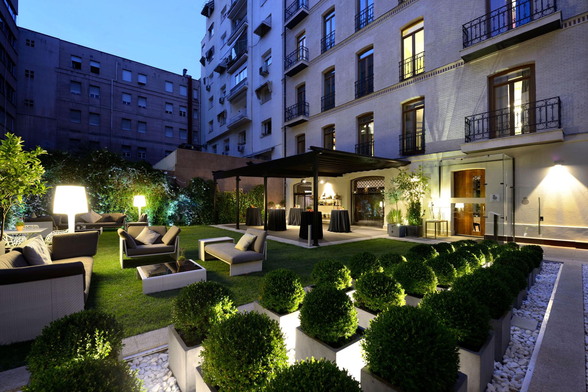 Country profile spain for Listado hoteles 5 estrellas madrid
