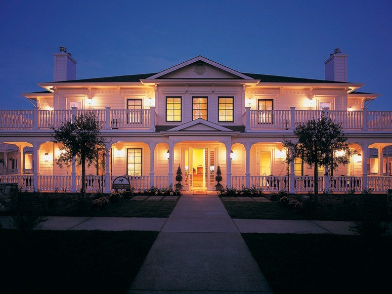 Renowned Sonoma Hotel Spa Macarthur Place Came For Guest Texting Stayed Radio Free Operations
