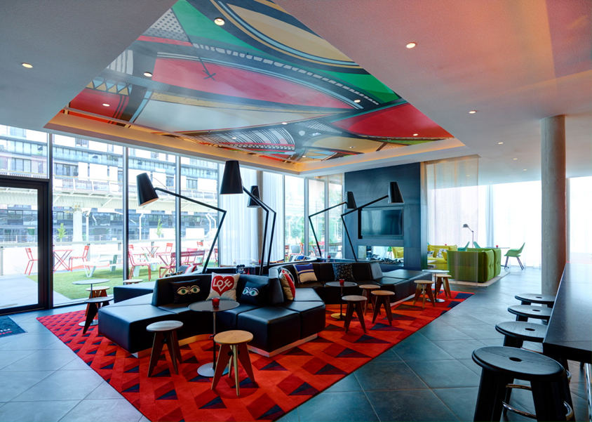 citizenm says hello to paris la d fense hospitality net. Black Bedroom Furniture Sets. Home Design Ideas