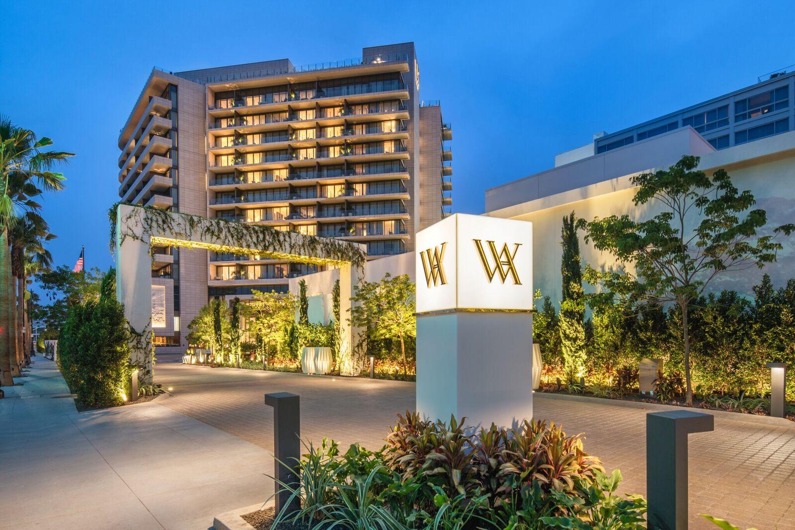 New luxury hotel waldorf astoria beverly hills for Waldorf home