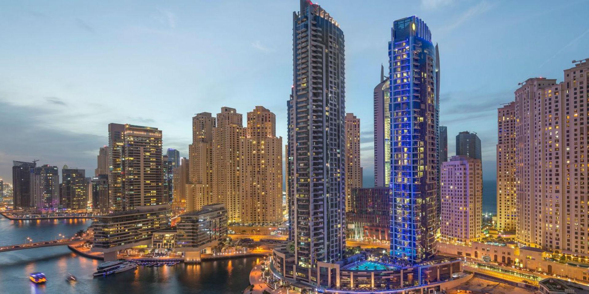 Dubai revolutionizes the urban environment with unique for Unusual hotels in dubai