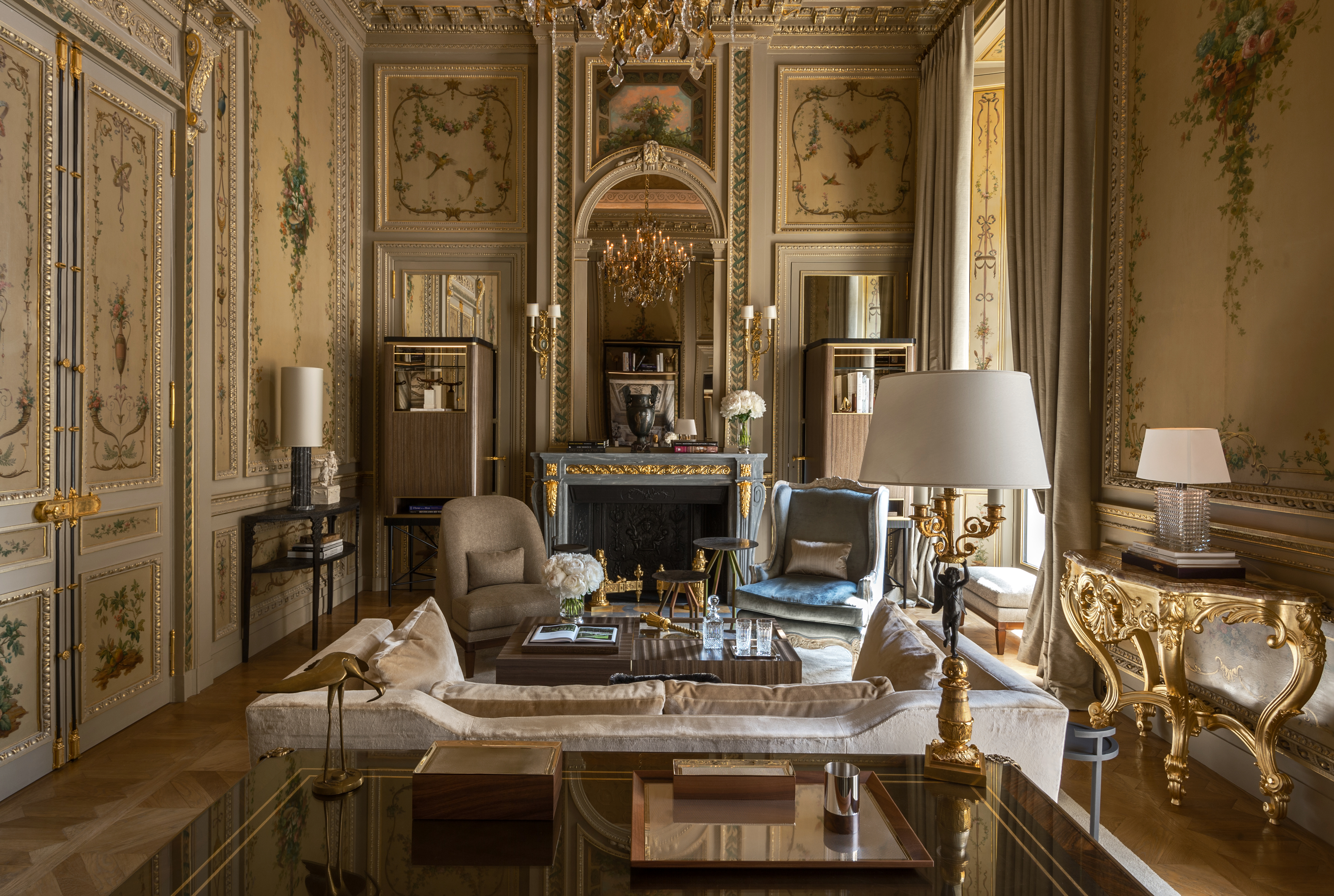 Rosewood opens iconic h tel de crillon paris after a four for The rosewood