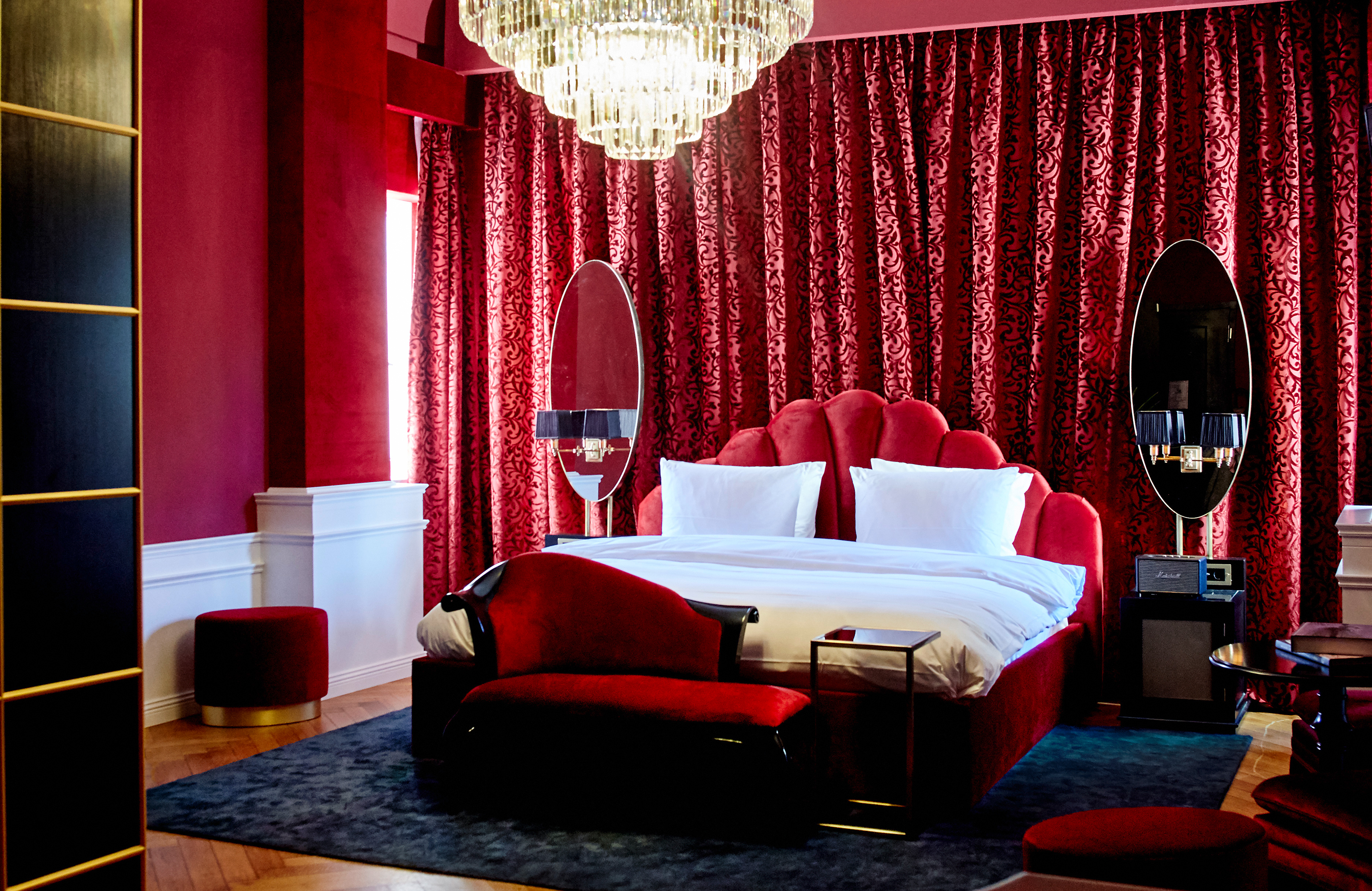 Provocateur hotel berlin unveiled hospitality net for Designer hotel berlin