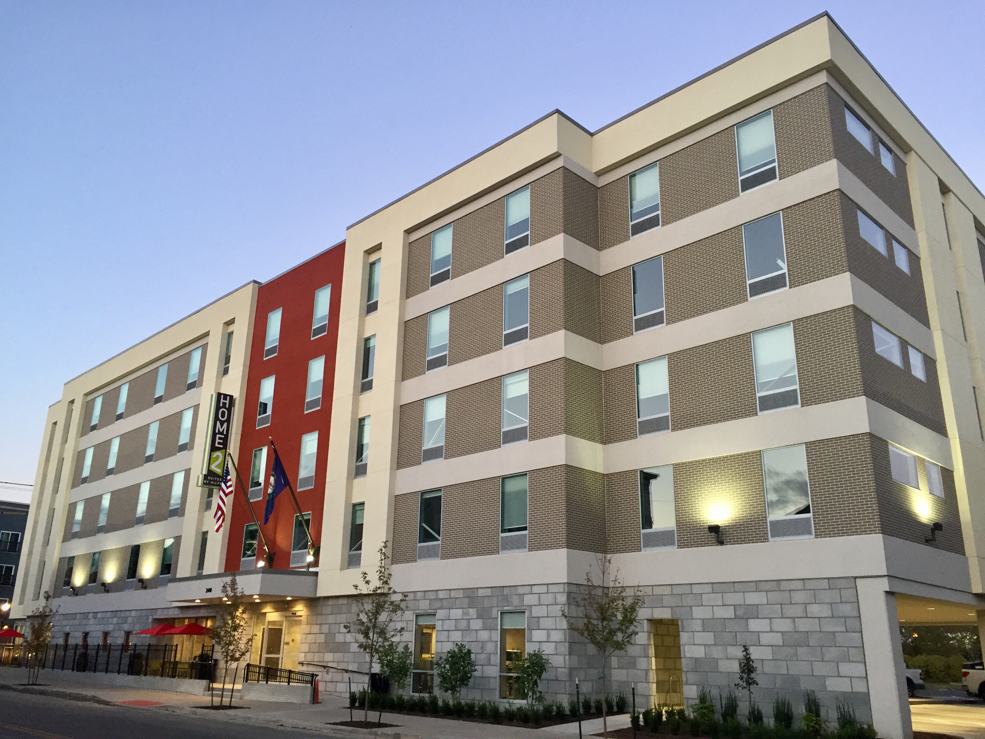 Home2 suites louisville nulu medical district opens for Homes 2