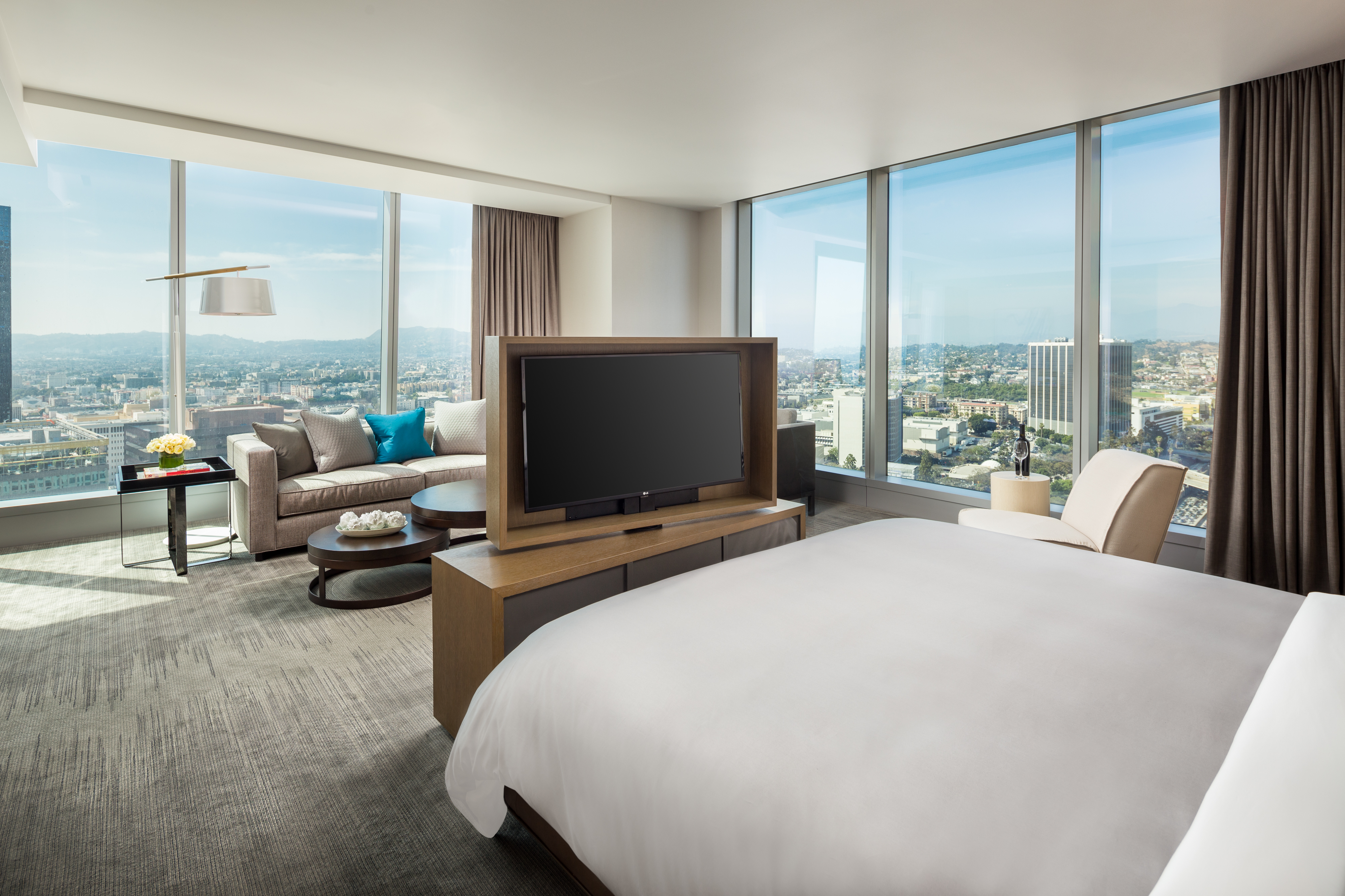 The Intercontinental Los Angeles Downtown Hotel Elevates
