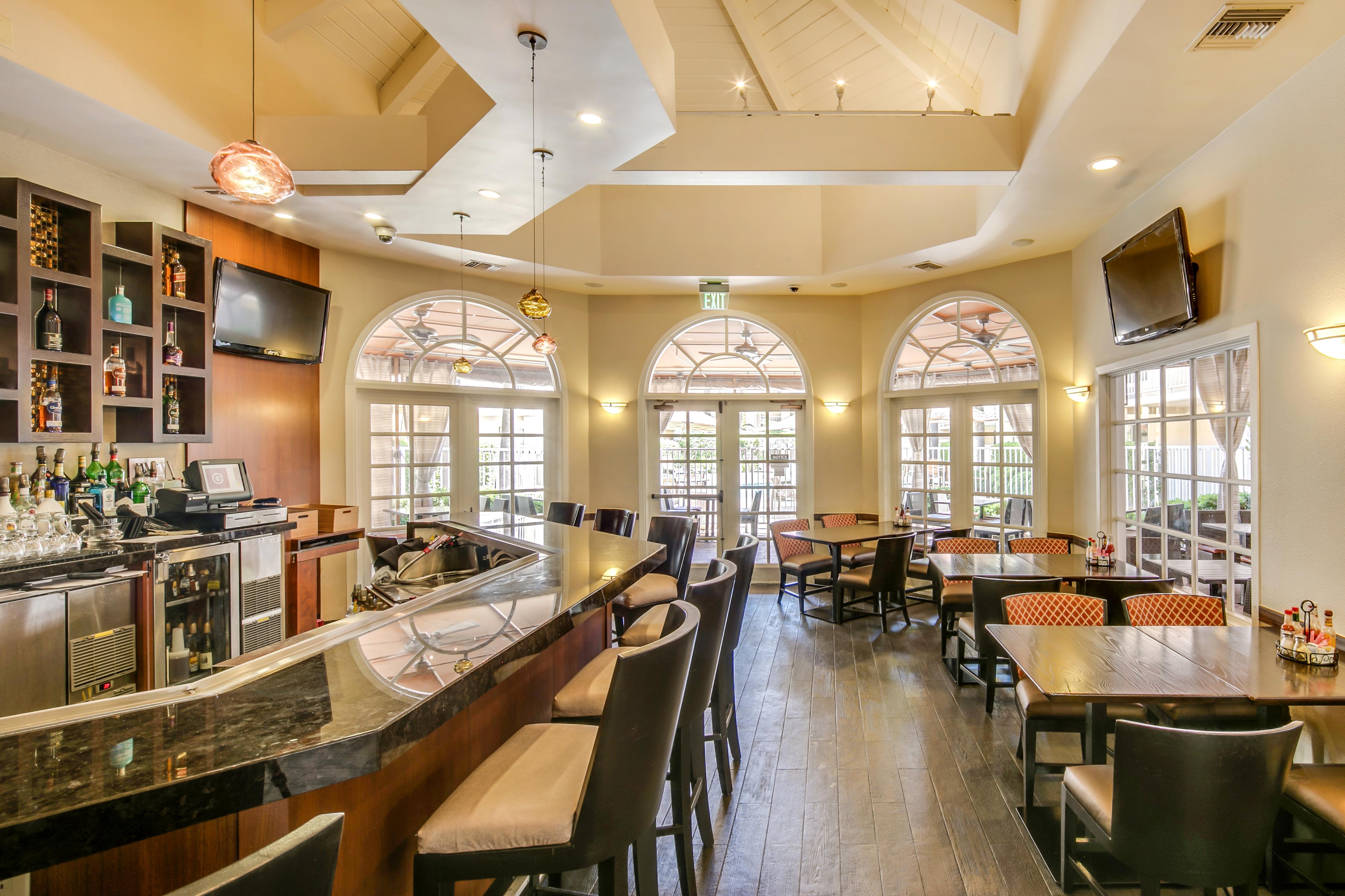 Rar Hospitality Assumes Management Of Radisson Rancho Bernardo