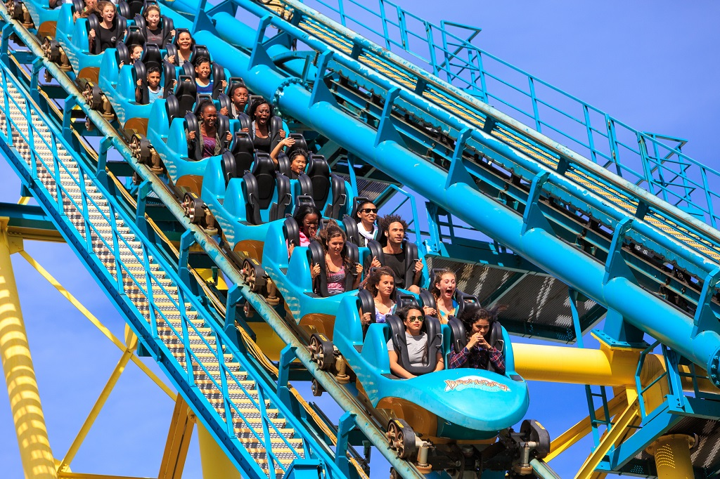 Amusement Parks Jump To The Front Of The Line With Green
