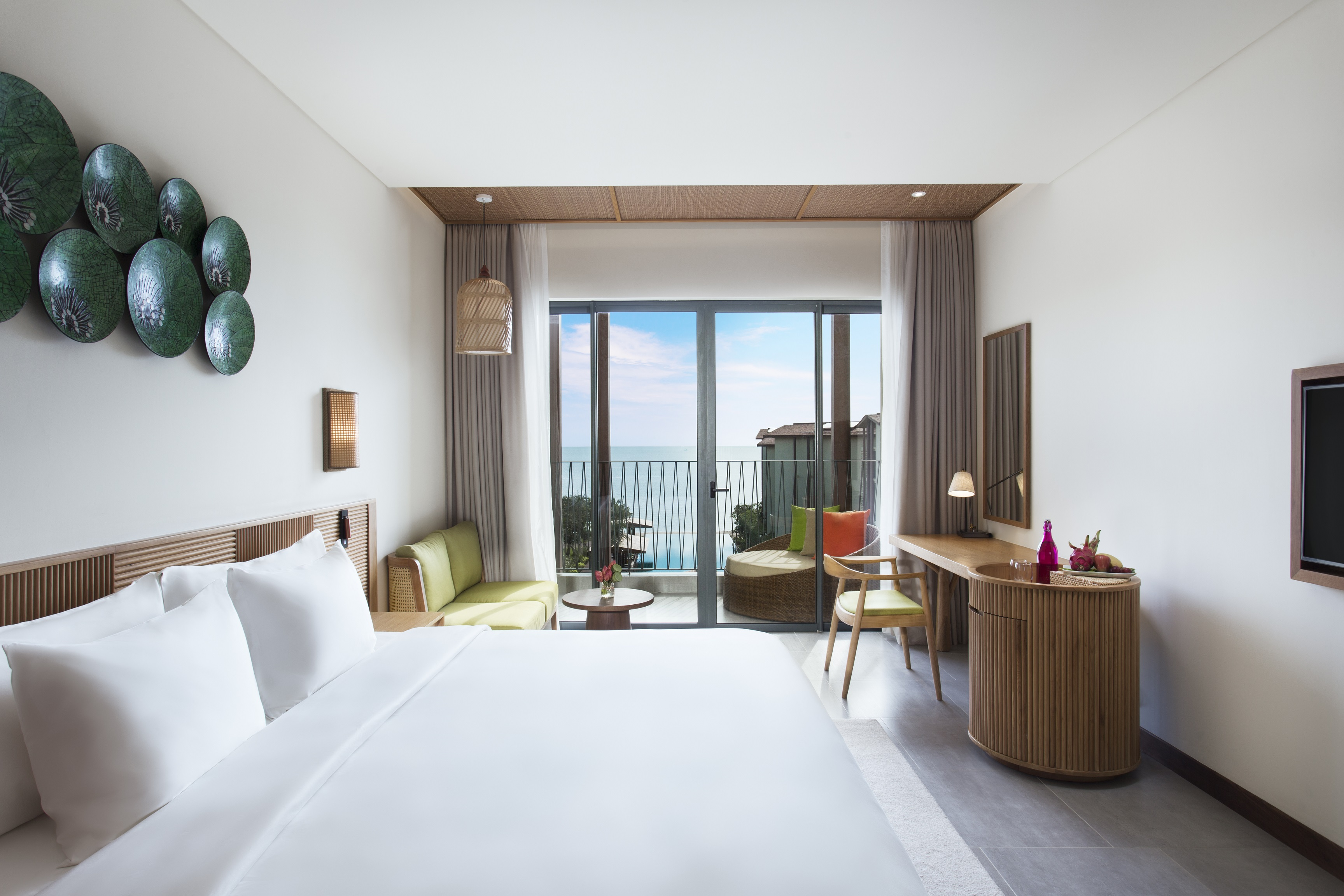 Dusit international celebrates the opening of its first hotel in