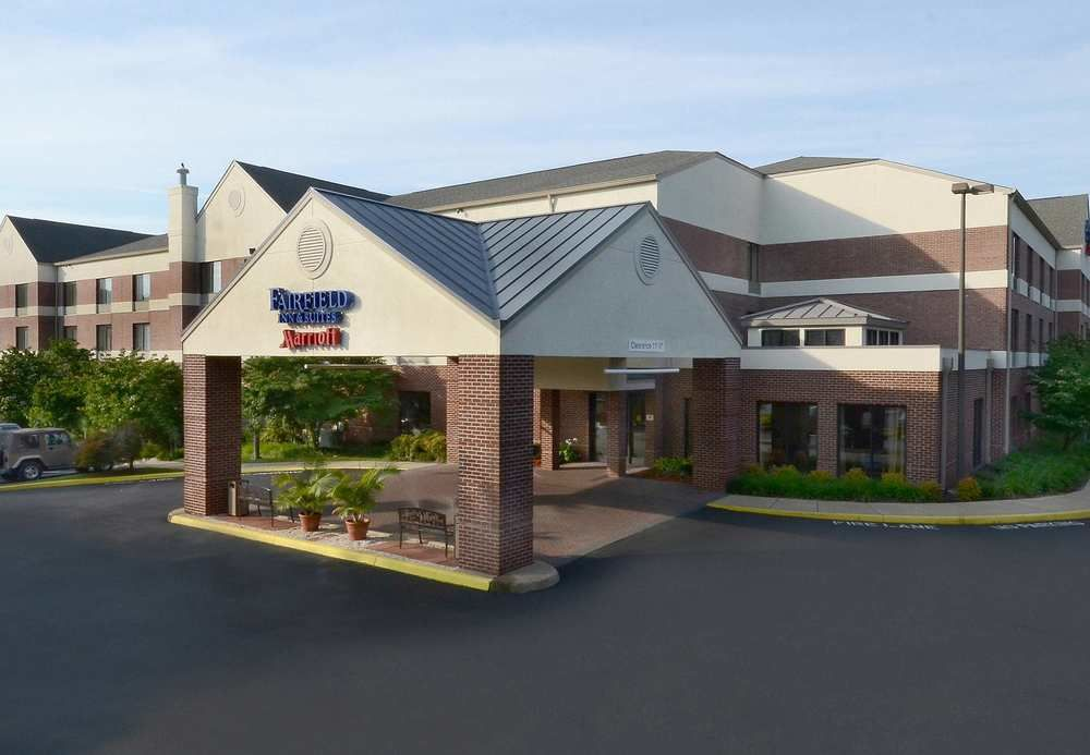 Fairfield Inn Suites By Marriott In Charlottesville
