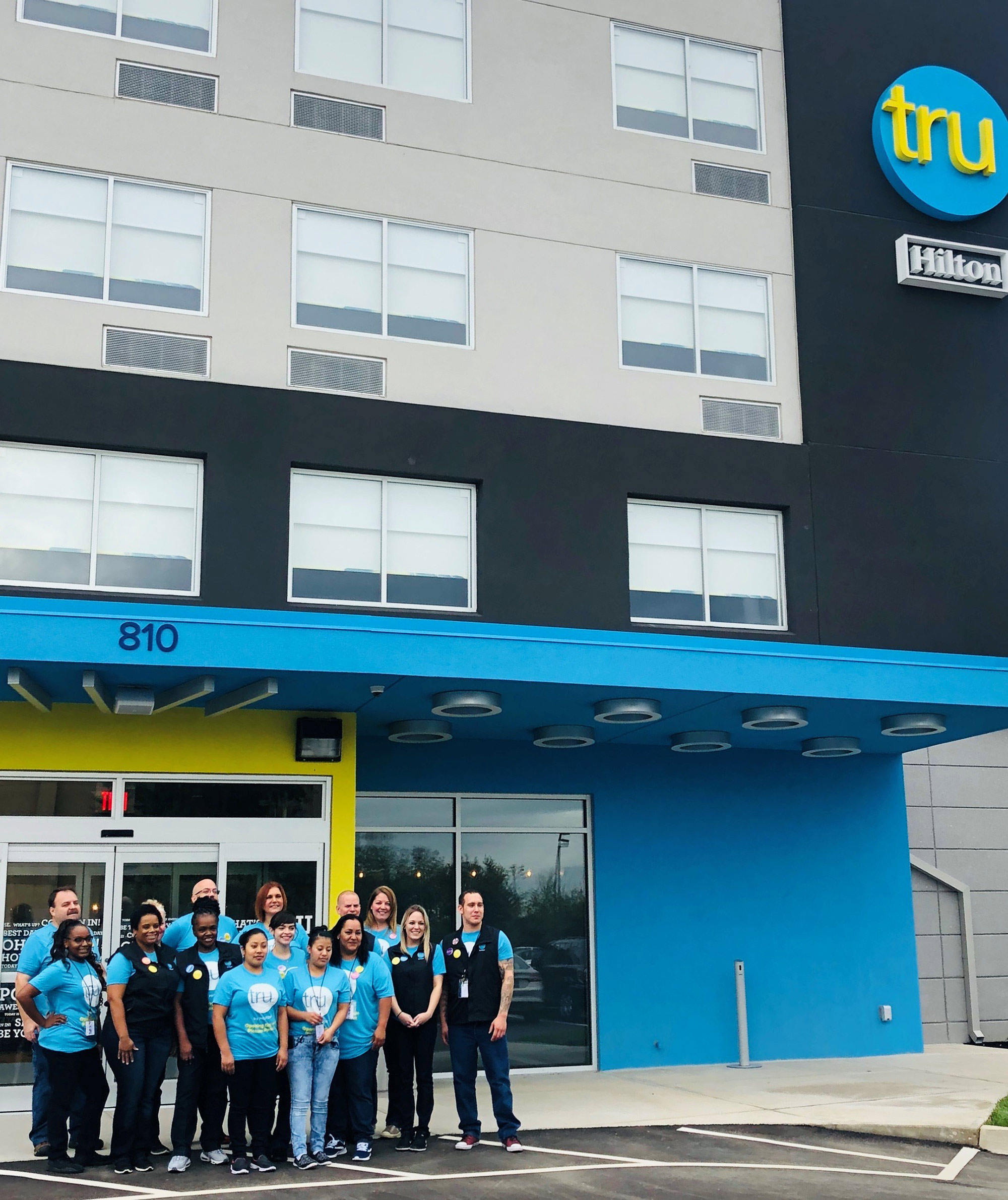 Αποτέλεσμα εικόνας για Louisville welcomes the new Tru by Hilton Louisville Airport