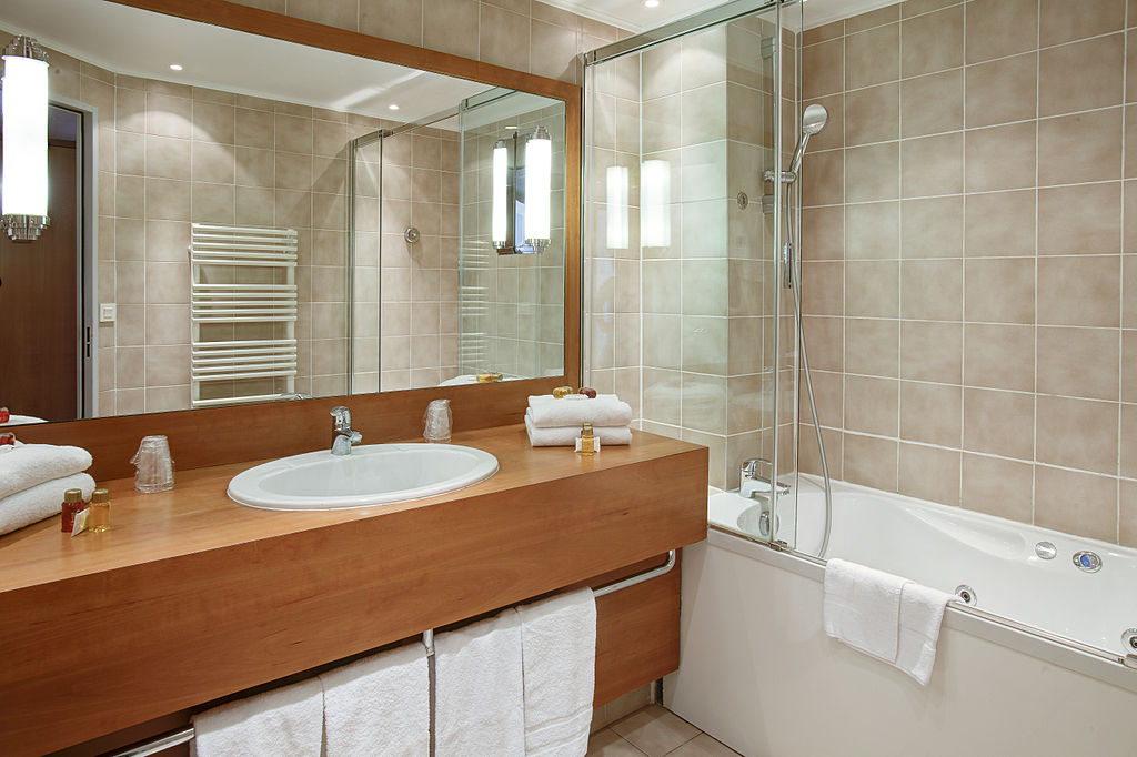 Hotel Bathrooms Design Challenges To Overcome By