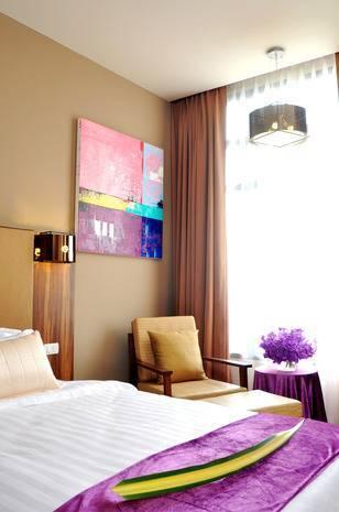 BEST WESTERN PLUS Grand Howard Deluxe Suite