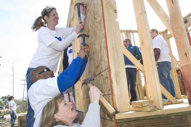 170+ Fairfield Inn General Managers Roll Up Their Sleeves to Help Build New Orleans Area Habitat for Humanity Homes