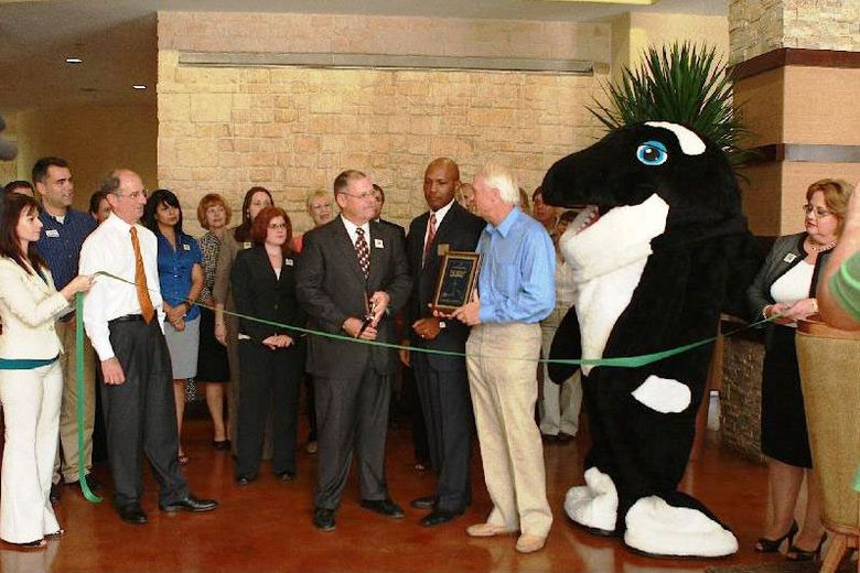'Green' Holiday Inn Opens in San Antonio