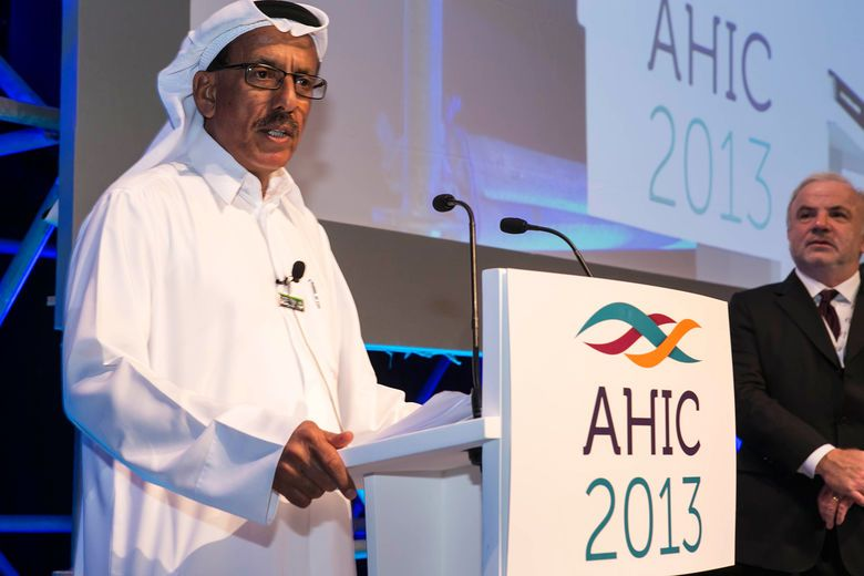 HE Sheikh Ahmed bin Saeed Al Maktoum hands 'Lifetime Achievement Award' to Khalaf Al Habtoor at Arabian Hotel Investment Conference (AHIC 2013)