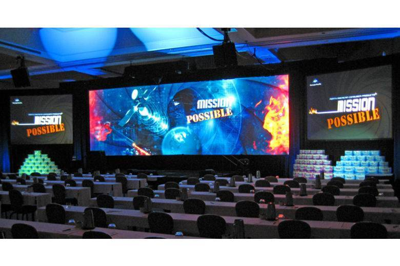 ONstage Widescreen Blended Projection